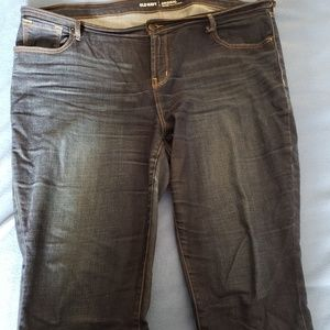 Old Navy Jean's. Mid-rise, original fit  Size 18